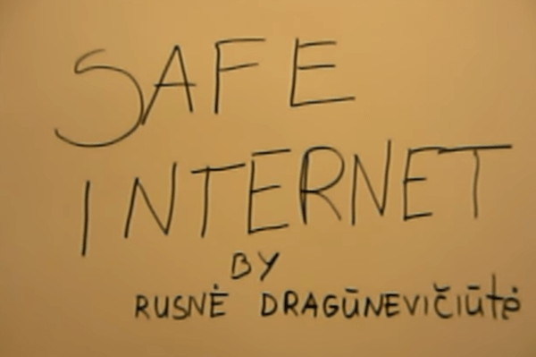 """Komiksas """"Saugesnis internetas"""""""