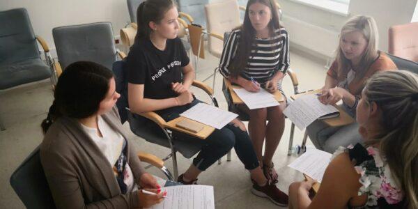 Įvyko mokymai pradinių klasių mokytojams medijų ir nacionalinio saugumo tema