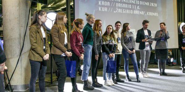 """Moksleiviai iš visos Lietuvos rinkosi """"CYBERteens"""" renginyje Kaune"""