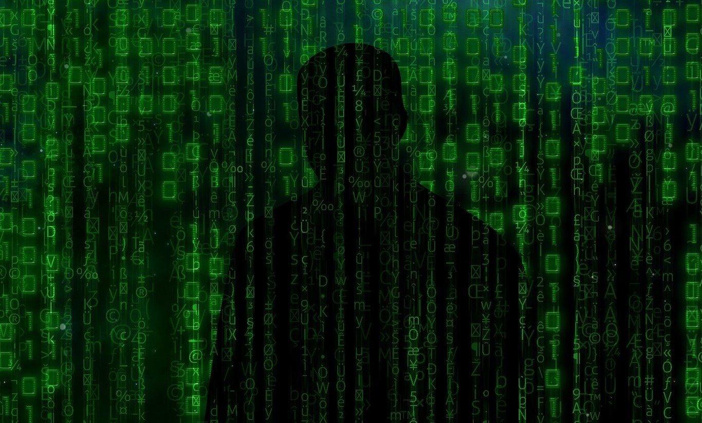"""""""Saugesnio interneto"""" komandos nuotoliniu būdu surengta diskusija progimnazijų ir gimnazijų vyresniųjų klasių mokiniams apie priešiškas informacines operacijas Lietuvoje"""