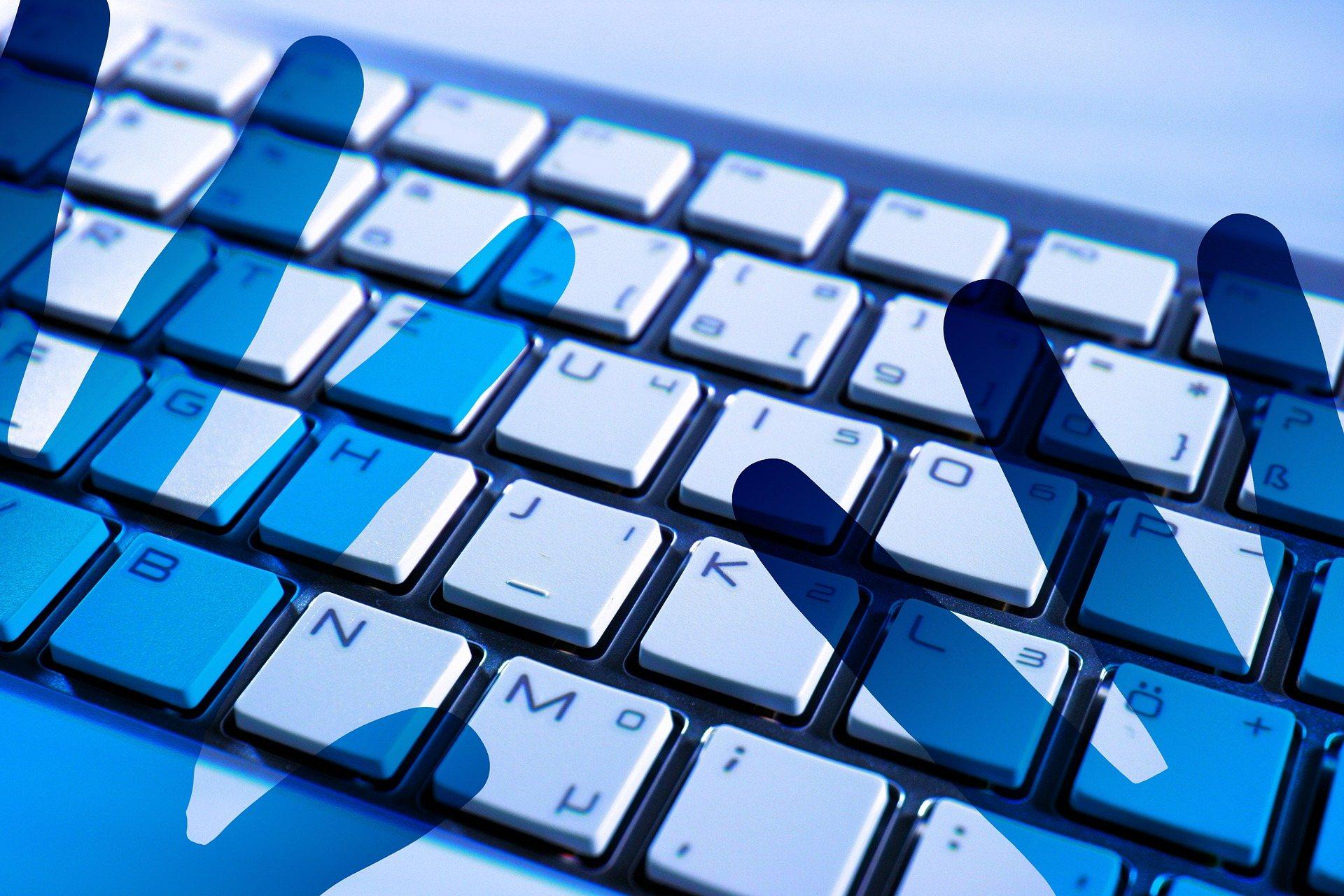 Vilniaus Gerosios Vilties progimnazijoje – apie grėsmes internete